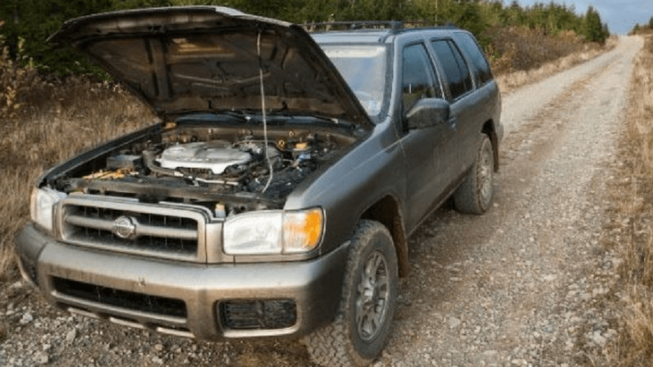 What Causes and How to Fix Transmission Leaks | Gold Eagle Co