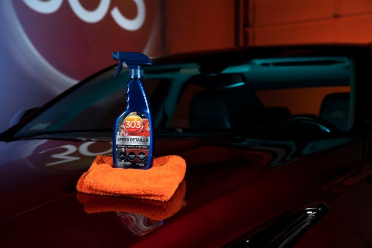 30216 303 automotive speed detailer bottle shot min