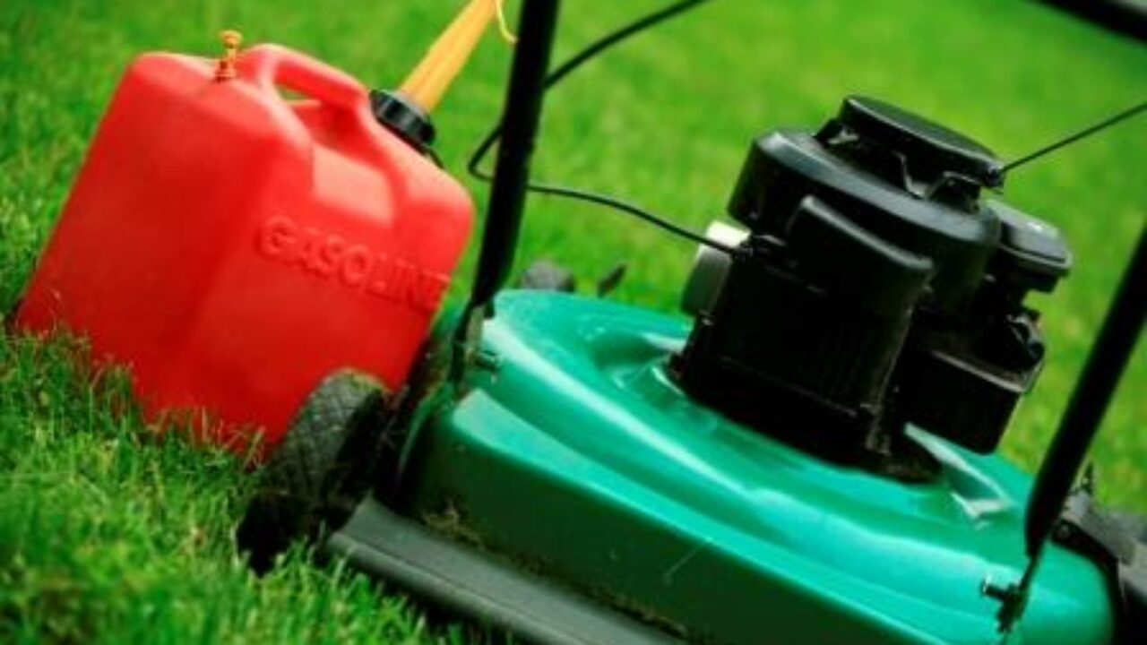 Lawn Mower Storage: Why Draining the Tank is a Mistake