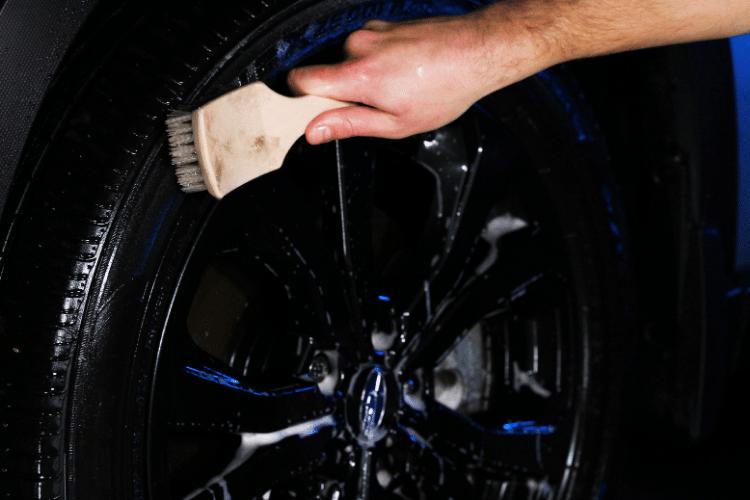 33513 trinova wheel cleaner brush tire min
