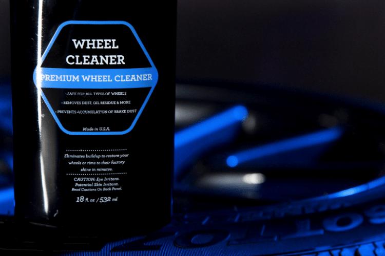 33513 trinova wheel cleaner lifestyle min