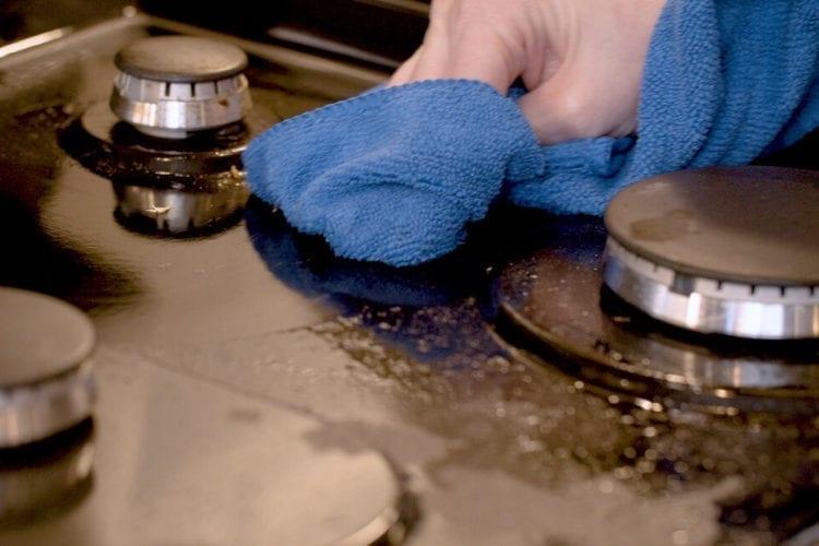 33540 trinova multi surface cleaner application shot 3