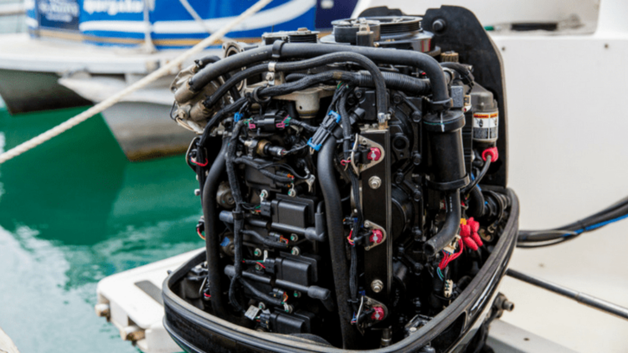 What's the Difference Between Marine Motors and Car Motors | Gold