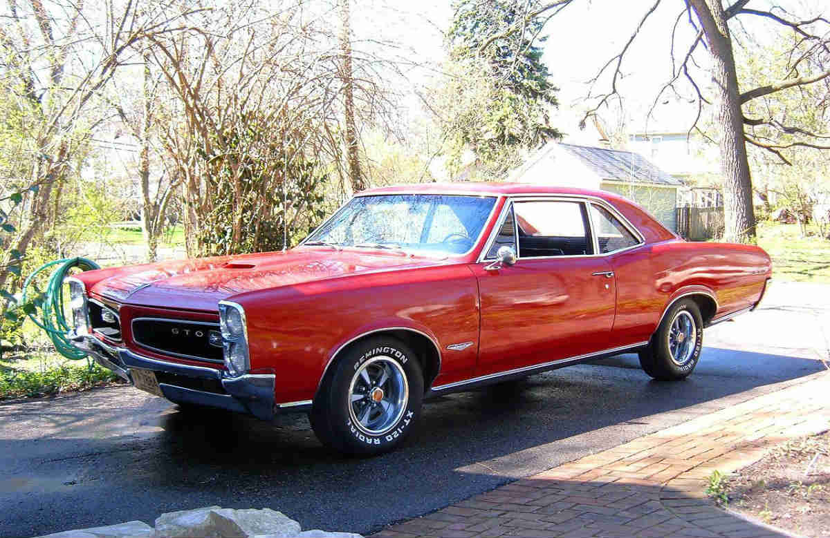 1966 pontiac gto - one of the most popular muscle cars in history