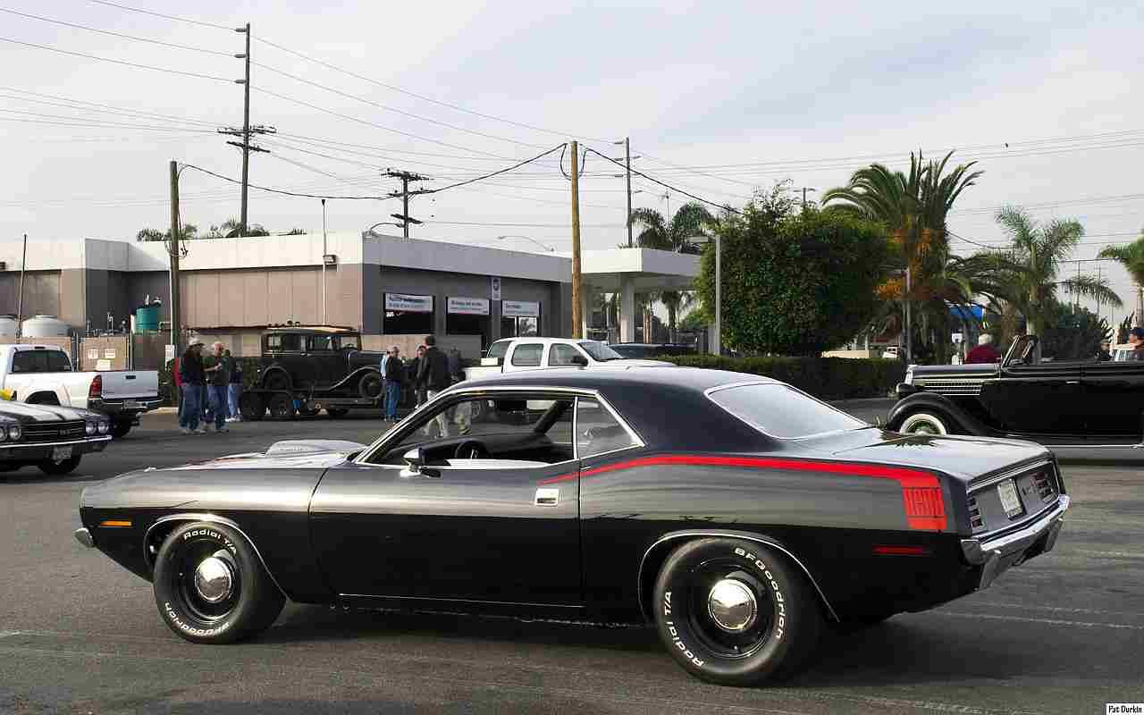 Muscle Mondays 1970 Plymouth Hemi Cuda | Gold Eagle Co