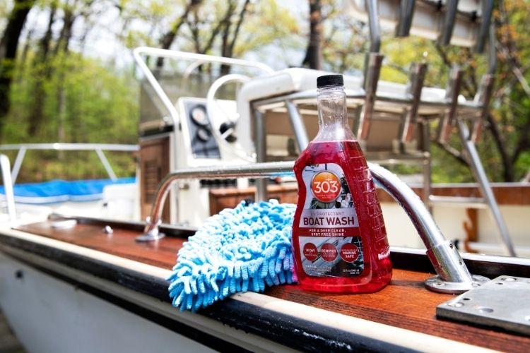 30586 303 boat wash lifestyle