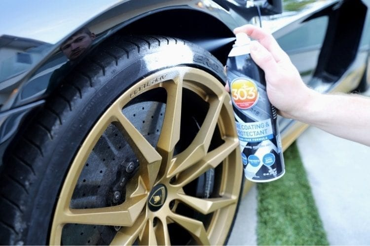 30393_303 Tire Coating & Protectant_Application