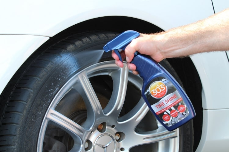 30395csr 303 high gloss tire shine protectant application min