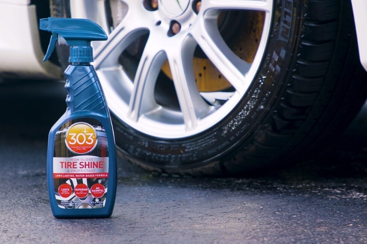 30395csr 303 high gloss tire shine protectant bottle shot min