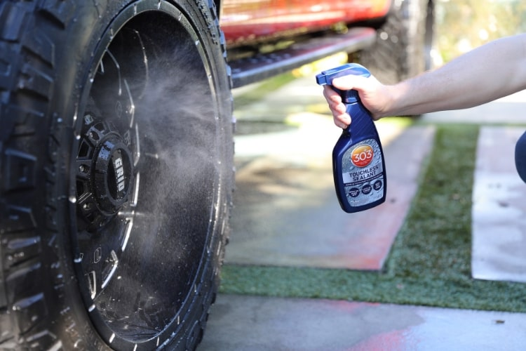 touchless-sealant-truck-tire-min