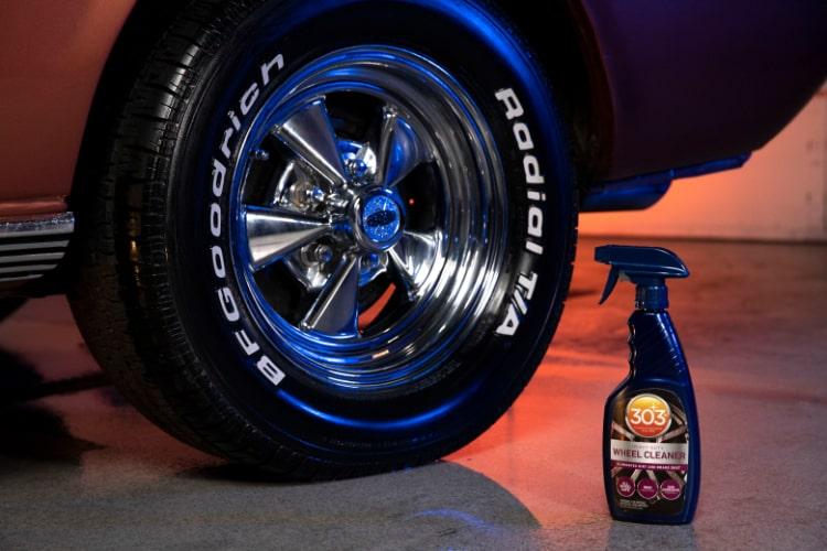 30597csr 303 wheel cleaner bottle shot min