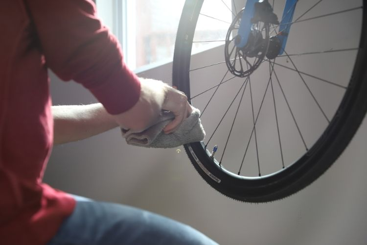 22504csr sta bil bike cleaner and protectant application 1 min