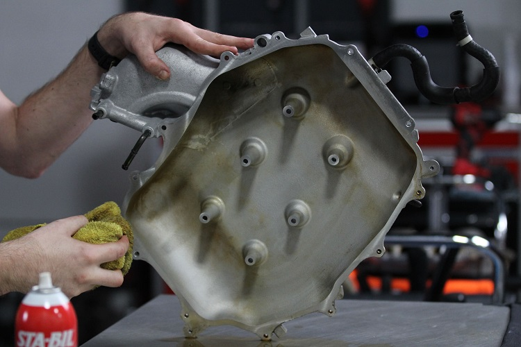 clean engine cover after carb choke min