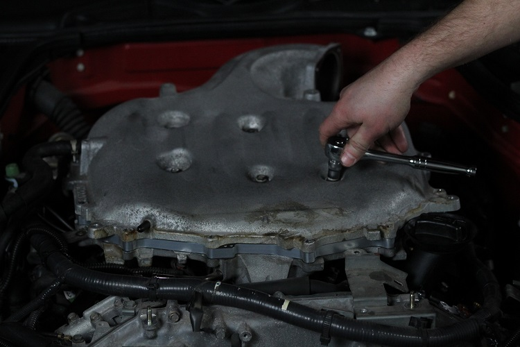 racheting engine cover on min