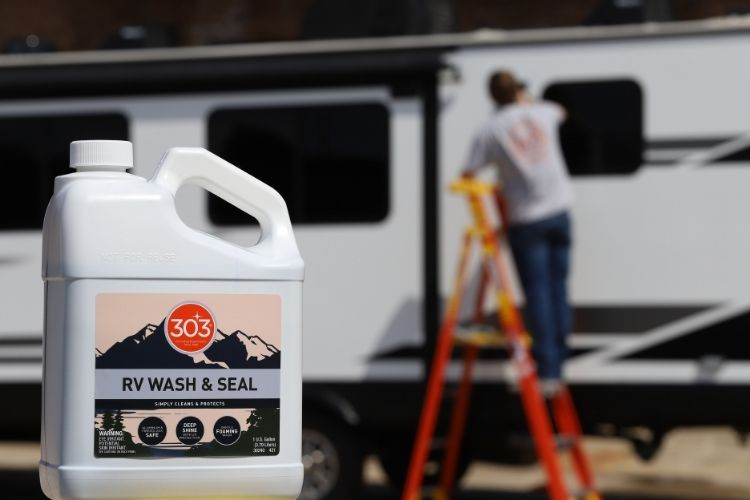 30240 303 wash seal lifestyle with rv background min