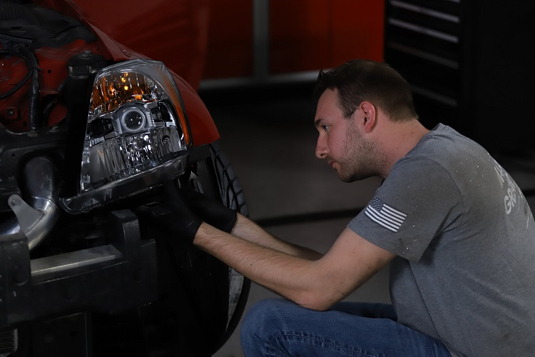 bob installing new headlight min