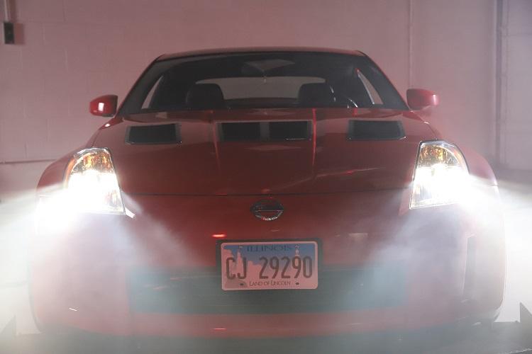 headlights on straight on smoke min