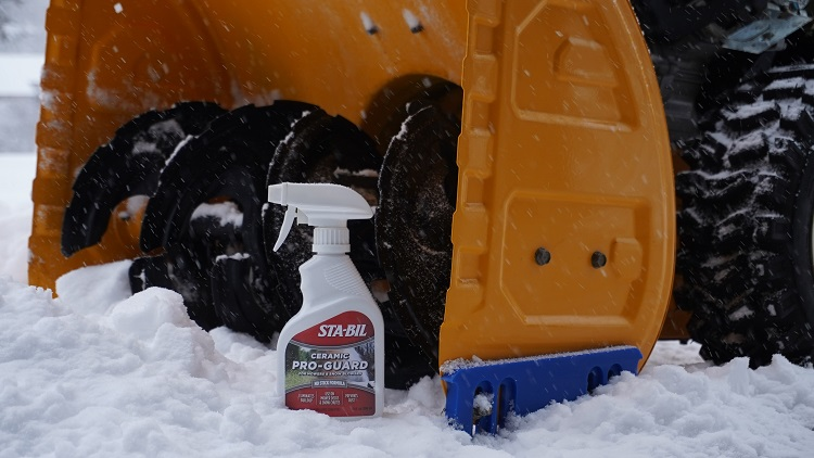 22501 Lifestyle Snow Blower min
