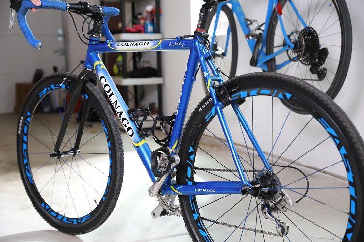 22504 Lifestyle Blue Bike Shiny min