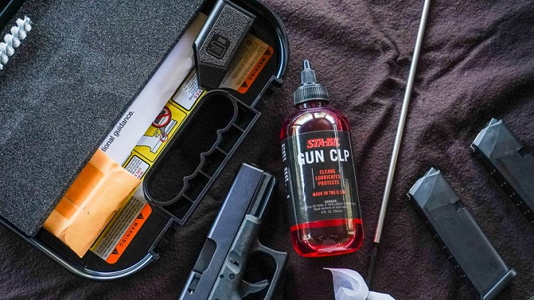 22405 Lifestyle Cleaning Gun Table Case min